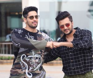 Riteish Deshmukh And Siddharth Malhotra Promoting function of their film Marjaavaan