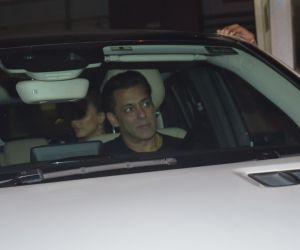 Salman Khan  visit Arpita at Hinduja hospital in khar.