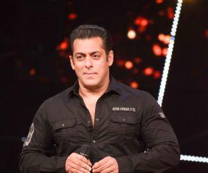 Salman Khan on the Indian Idol set