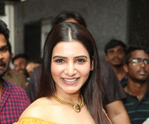 Samantha launches azent overseas eduction center