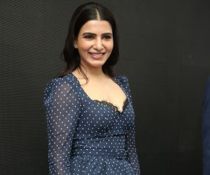 Actress Samantha Akkineni Launches Oneplus Mobiles at Big C
