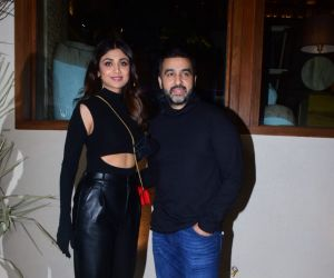 Shilpa Shetty and Raj Kundra snapped new bastian restaurant in lower parel