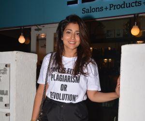 Shriya Saran spotted at Bblunt in bandra