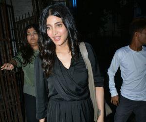 Actress Shruti Haasan spotted at Purple Haze recording studio in bandra