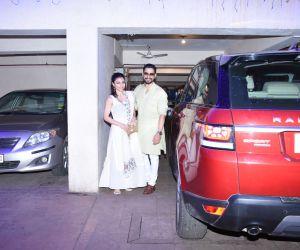 Soha Ali Khan, Kunal Khemu spotted at Saif Ali Khan's house in bandra for Diwali celebration