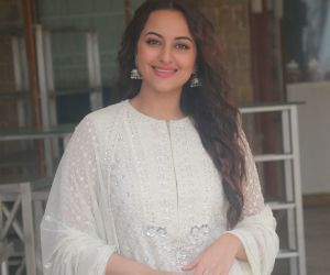 Sonakshi Sinha at the media interactions for her film Khandaani Shafakhana at Sun n Sand juhu