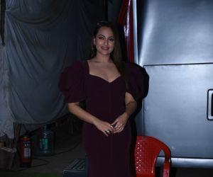 Actress Sonakshi Sinha during success Meet of film Dabangg3 at Mehboob Studio in bandra.