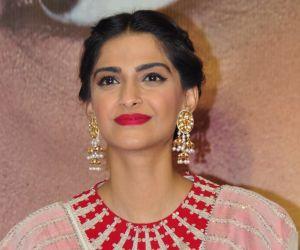 Sonam Kapoor looks like a