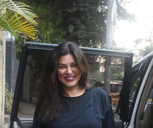 Sushmita Sen Spotted In Bandra