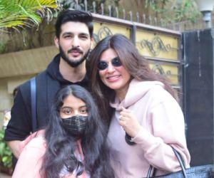 Sushmita Sen With Daughter Boyfriend At Bandra