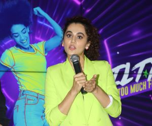 Tapsee Pannu Announced The 5th Edition Of Mirchi Neon Run.