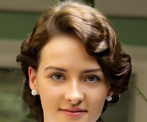 Actress Olivia Morris inTelugu Movie RRR Press Release.