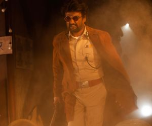 The HD photos of Thalaivar's Darbar