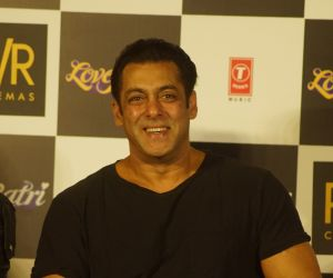 Salman Khan proves age is
