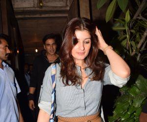 Twinkle Khanna Spotted At Pali Bhavan Bandra