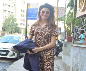Urvashi Rautela Spotted At Juhu
