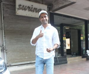 Vicky Kaushal Snapped In Bandra