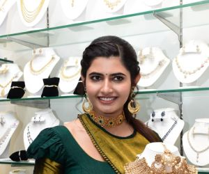 Voylla Fashion Jewelry Brand Launches its Flagship store