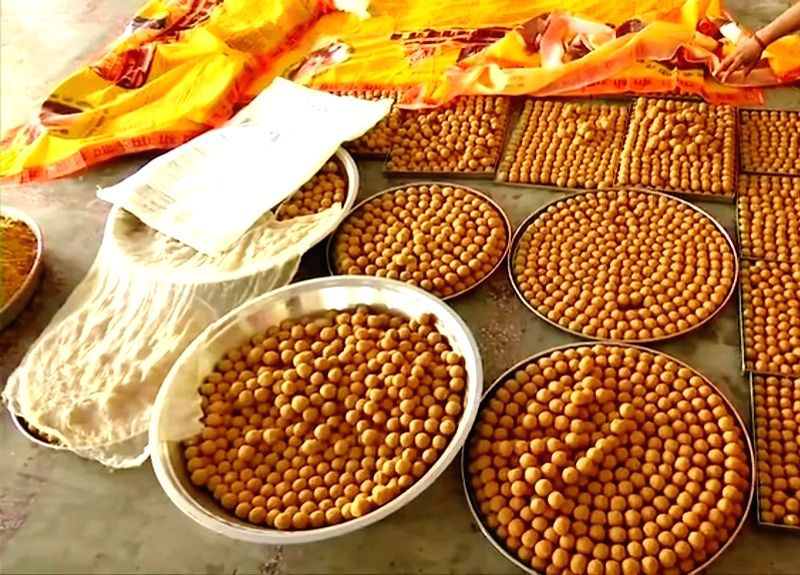 1,11,000 laddoos being prepared in Ayodhya for prasad distribution