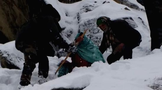 10 persons trapped in rescued in J&K