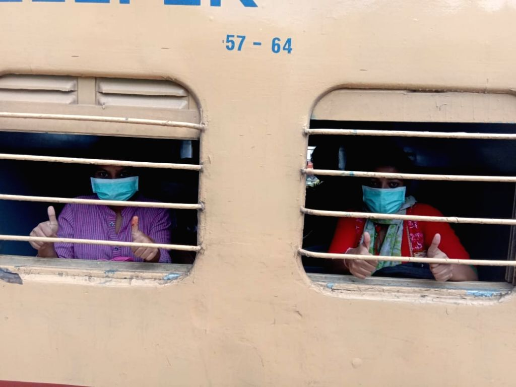11 Karnataka special trains ferry 16,972 migrants home.
