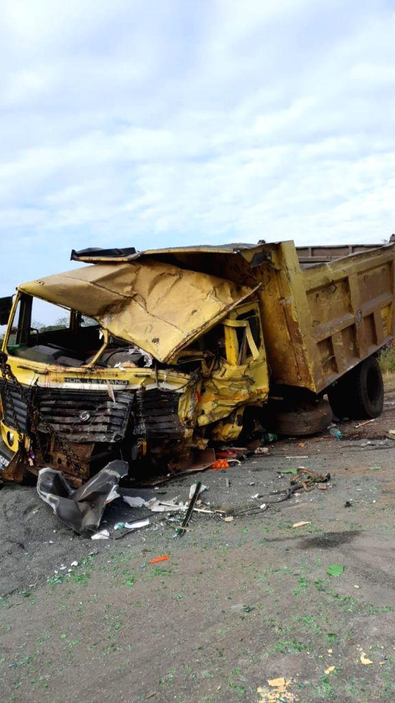 11 killed in K'taka road mishap, PM condoles deaths