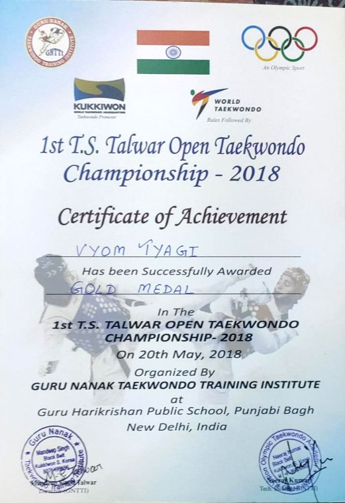 11-year-old Taekwondo Black Belt Viom Online Mentally and Physically Strong to Children.