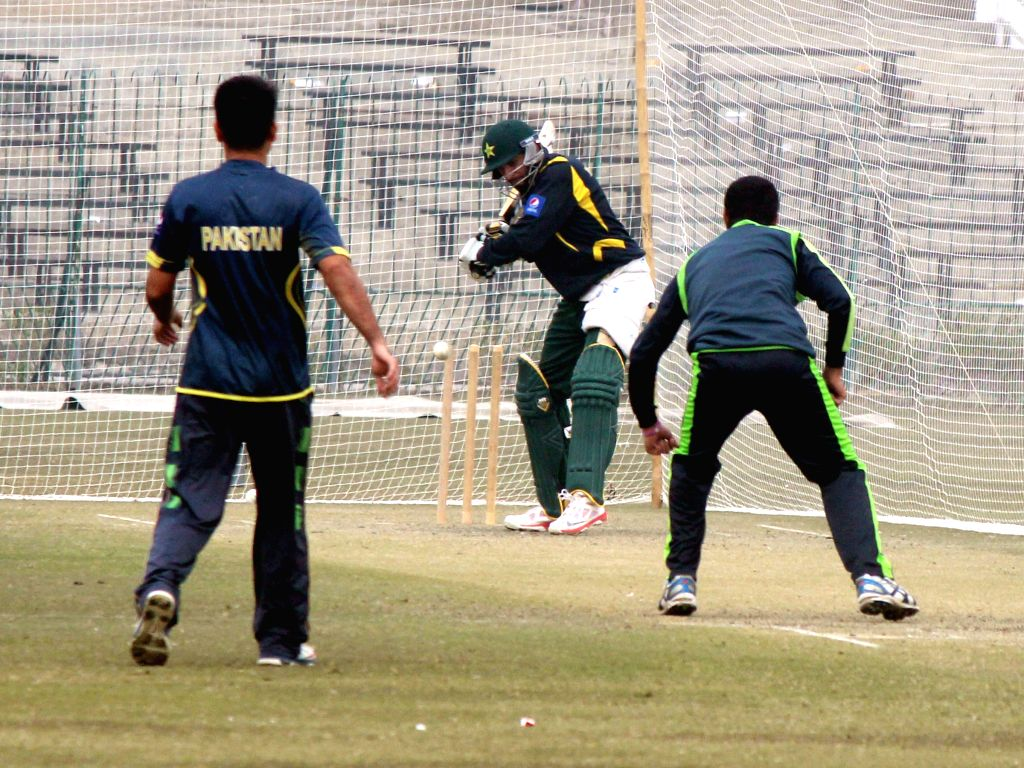 Pakistani cricket players participate in a World Cup 2015 training camp in eastern Pakistan's Lahore, Jan. 13, 2015. Pakistan's national cricket team on .