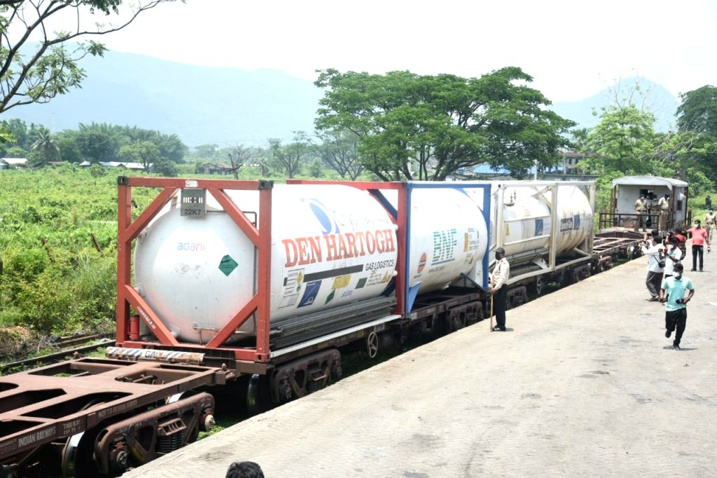 1st oxygen express train for NE, more to come each week