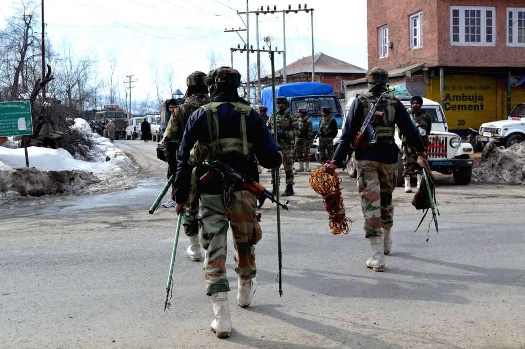 2 Pak nationals nabbed, planned to guide terrorists into Kashmir. (Photo: IANS)