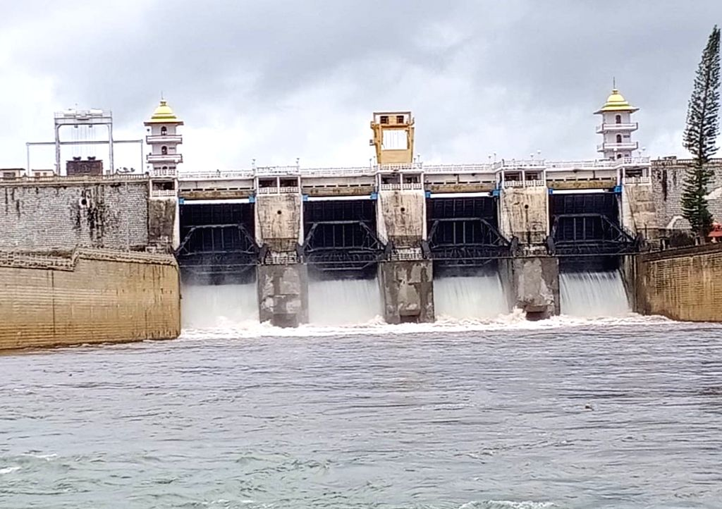 20,000 cusecs of water was released from Kabini dam after its water inflow increased due to heavy rainfall in its catchment areas, in Mysuru on Aug 4, 2020.