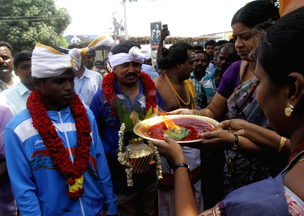2016 Paralympics gold medalist Mariappan Thangavelu being felicitated during a programme in Chennai on Oct 8, 2016.