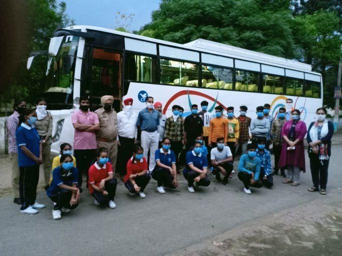 23 Navodaya Vidyalaya students stranded in Punjab returned.