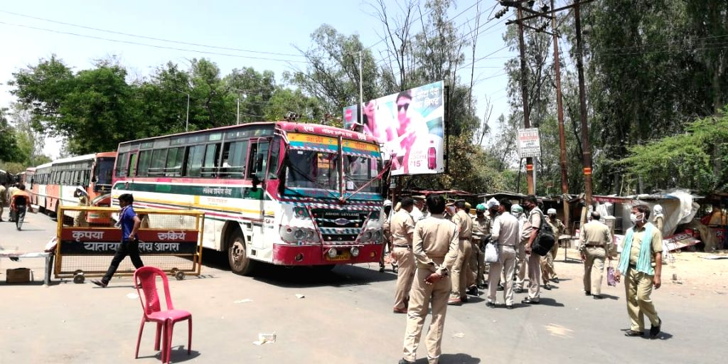 25o buses sent from Agra to bring back students stuck in Kota.