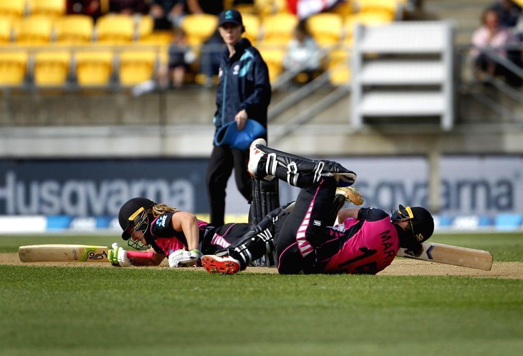 2nd T20I: All-round Mackay stars in NZ's 4-wicket win