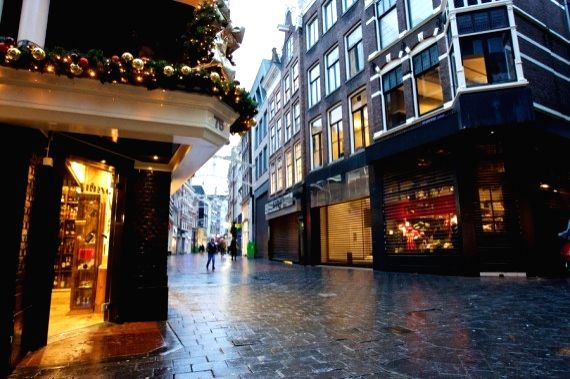 3,600 fined for violating curfew in Netherland