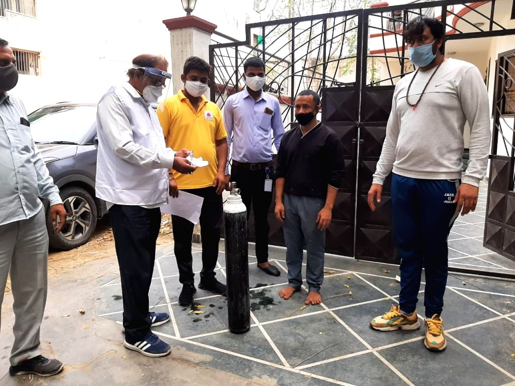 340 home isolation patients get Oxygen cylinders via online portal facality