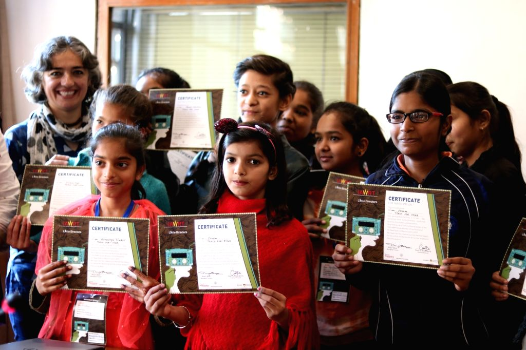 40 girls from under-privileged backgrounds learnt film-making skills from award winning filmmakers Nina Sabnani and Samina Mishra during the Little Directors workshop. - Samina Mishra