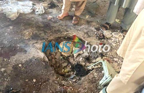 7 killed, 123 hurt in Peshawar madrasa blast