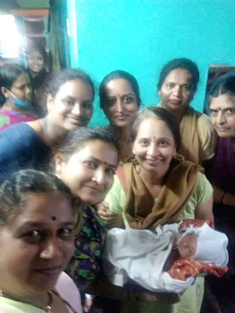 7 women in K'taka village help neighbour deliver baby boy on video call.