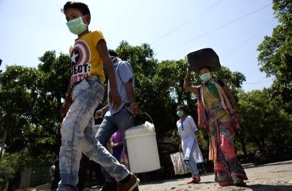 70% migrants returning to B'desh struggle to find employment: Survey.