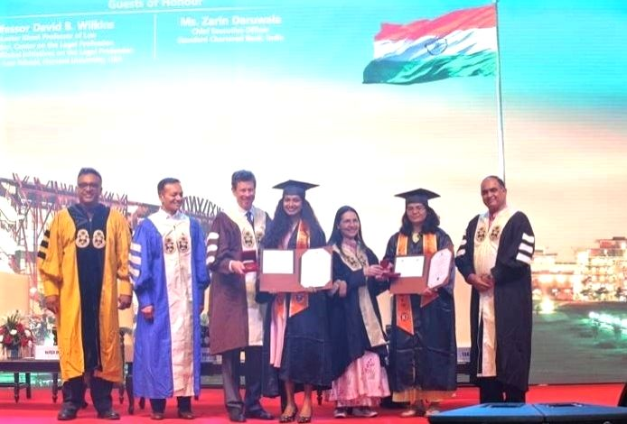 889 students awarded degrees at JGU???s Convocation.