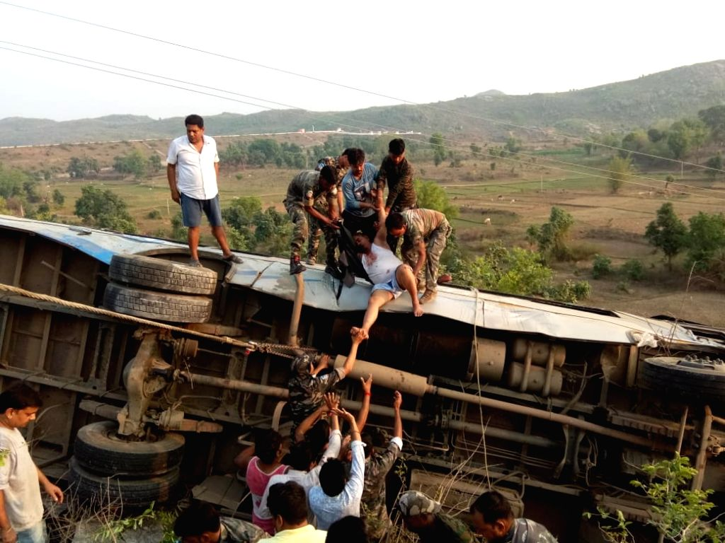 9 including 4 women die in MP bus accident. (Photo: IANS)