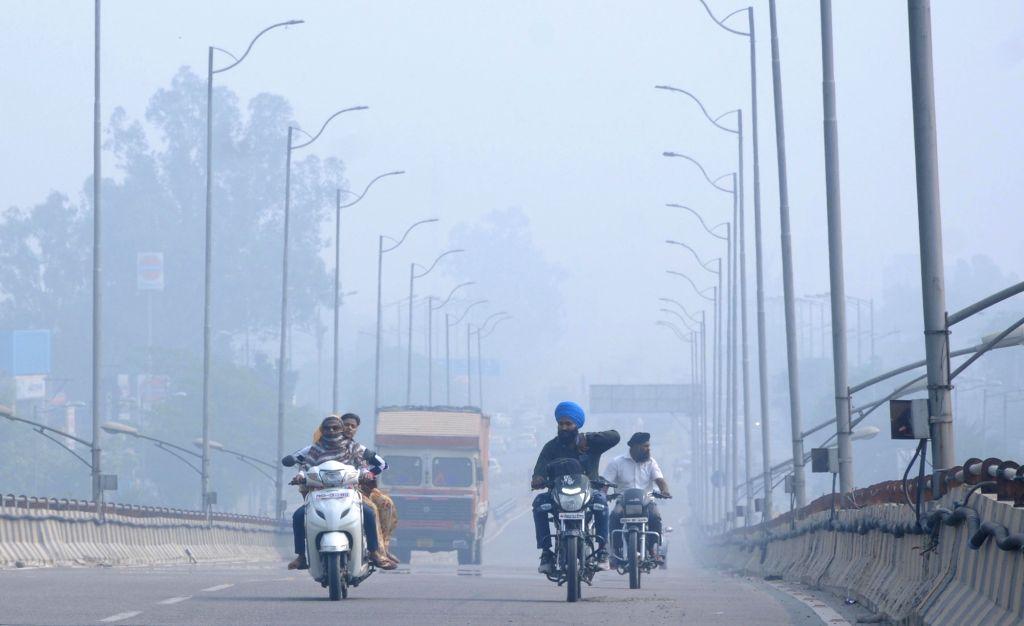 A blanket of smog envelops Amritsar post Diwali celebrations, in Amritsar on Oct 28, 2019.