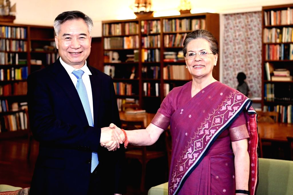 A Chinese delegation calls on Congress leader Sonia Gandhi in New Delhi on June 6, 2019. - Sonia Gandhi