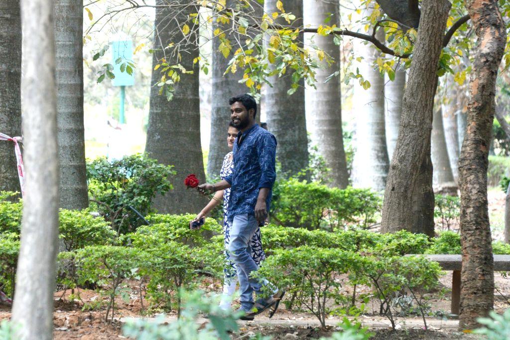 A couple celebrates Valentine's Day in Bengaluru, on Feb 14, 2019.