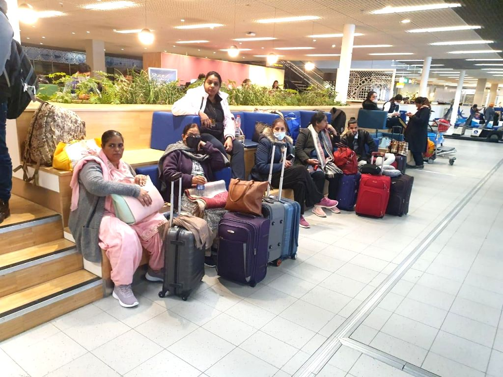 A day before all international flights are to be banned into Indian airspace amid the ongoing crisis due to coronavirus outbreak, 100 Indian nationals, returning from the US, have urged the government to rescue them.