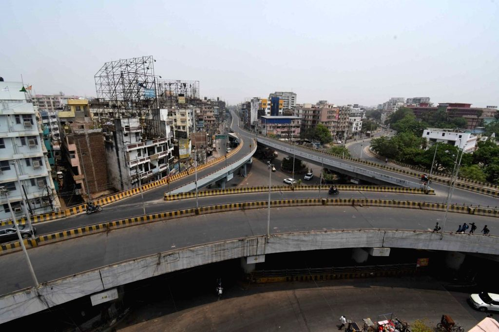A deserted look Chiriyatar fly over during the first day lockdown was imposed to curb the spread of COVID-19, in Patna on Wednesday, May 5th,2021.