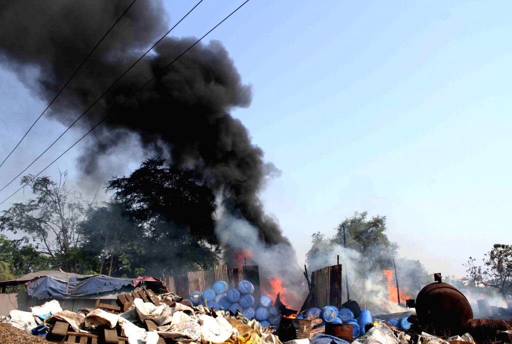 A fire broke out at due to chemical boiler tanker blast at Dombivali near Davdi naka in Thane district on on Dec.6, 2013. Four people were killed in the accident.