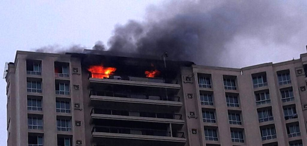 A fire broke out on the top floor of the Hiranandani Heritage Complex at Kandivali in Mumbai on Sept 15, 2016.